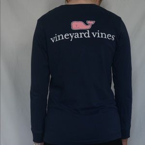 Basic navy long sleeve w/pink whale on back!